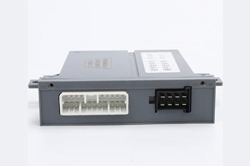 欧曼GTL车门优博  注册 H4382040001A0(右)